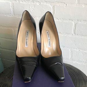 Manolo Blahnik - black leather heels - size 36